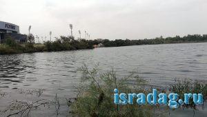 1. Пресноводный водоем в центре Израиля с бесплатной рыбалкой