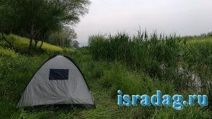 Секретное место для рыбалки на канале недалеко от реки Иордан